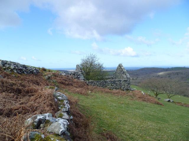 Old barn beside the Taith Ardudwy Way