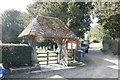 SU5332 : Lych Gate by the Itchen Way by Bill Nicholls