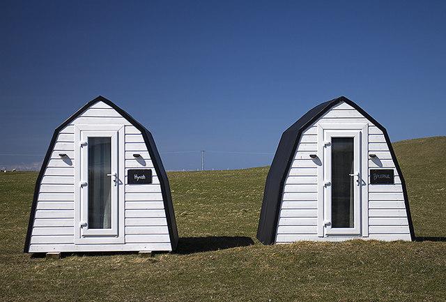 Huts, Kirkapol