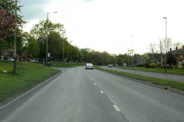 Queen's Drive in Swindon