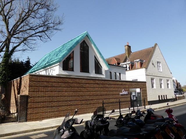 The Hut, Alpha Place, Chelsea