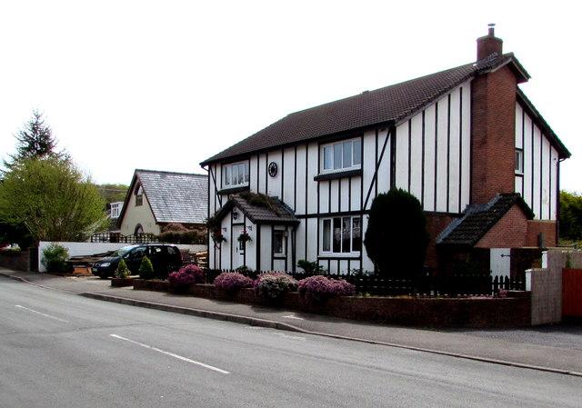 Black and white house, Glynhir Road, Llandybie
