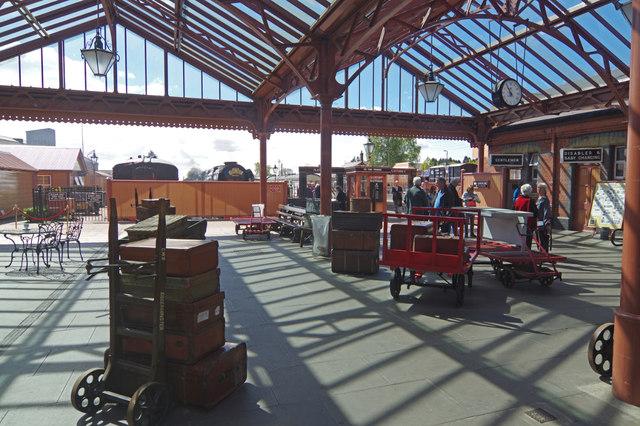 Kidderminster Town Station