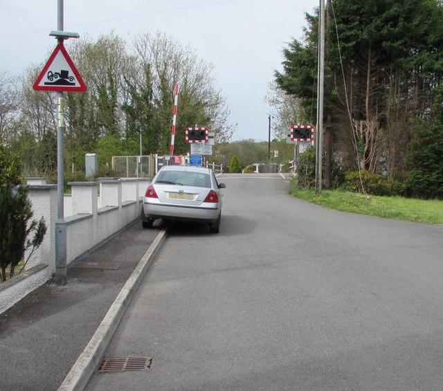 Risk of grounding sign, McKays, Llandybie
