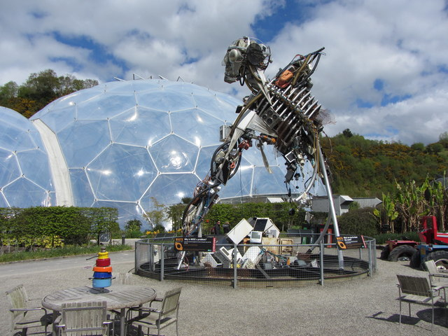 Sculpture at the Eden Project