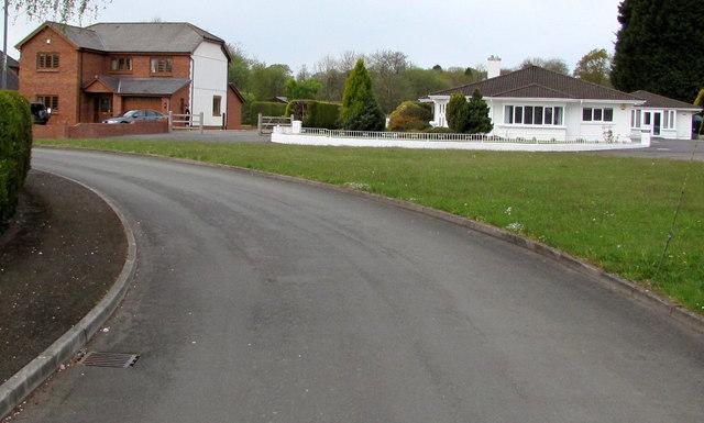 Waunfarlais Road houses, Llandybie