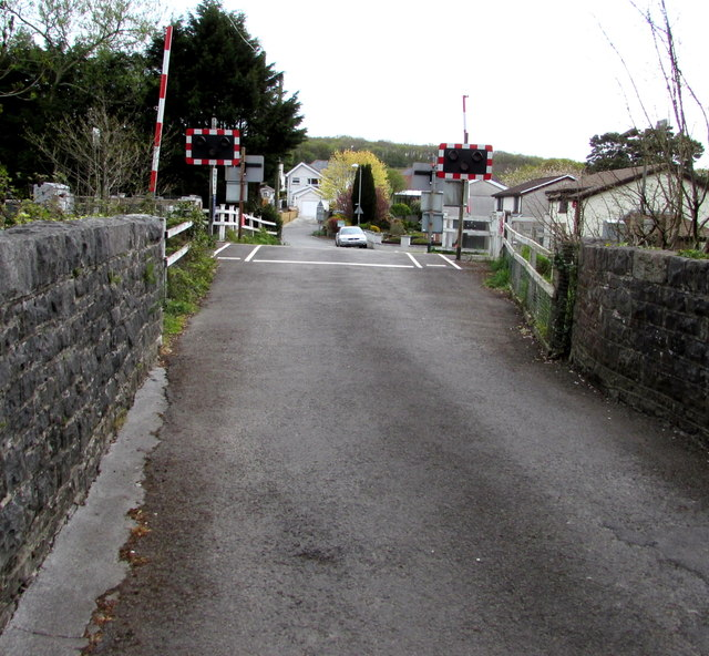 Road from river bridge to level crossing, Llandybie