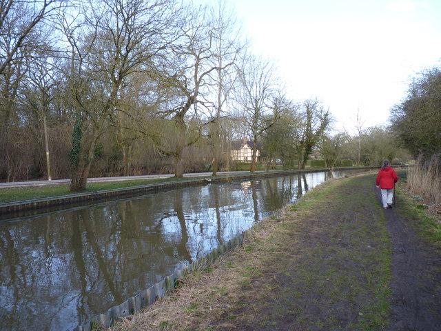 Worcester-Birmingham Canal at Shernal Green