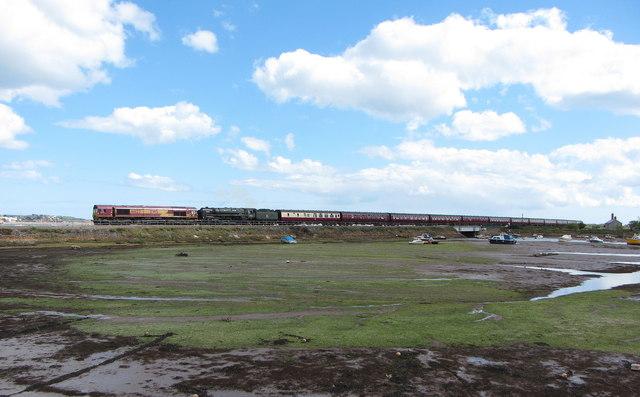 Railtour at Cockwood Harbour