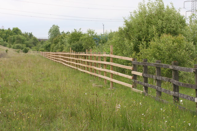 New fence, Commonhead Moss