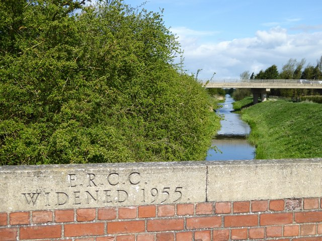 Beverley and Barmston Drain with new Hull Bridge