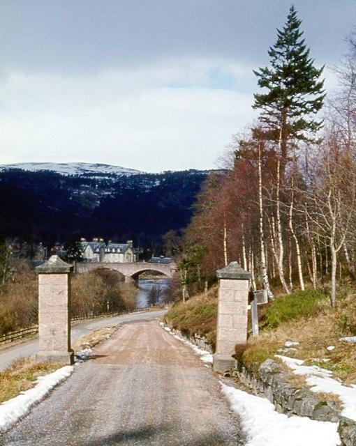 Gateway to House of Glenmuick