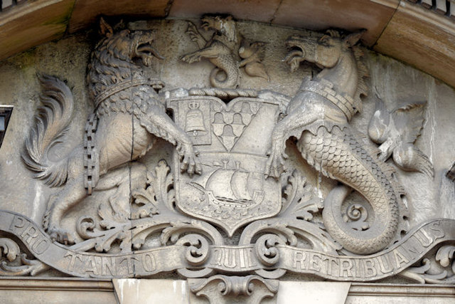 """Coat of arms, the """"Tech"""", Belfast (May 2015)"""