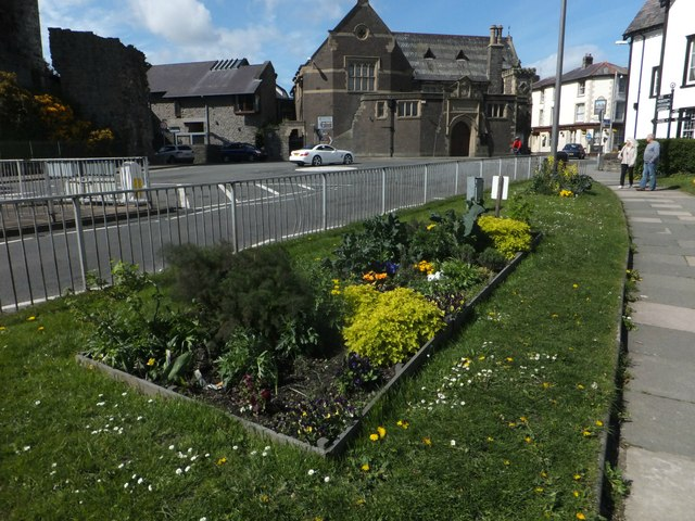 Vegetable beds as street decorations