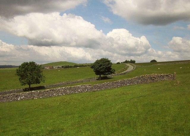 Approaching Ilam-moor Lane