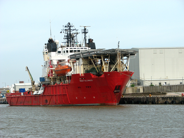 Red7 Alliance moored on East Quay
