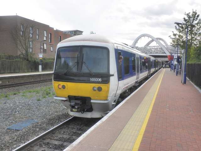 Marylebone train stands at Wembley Stadium station