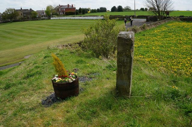Mile stone at Lower Cumberworth