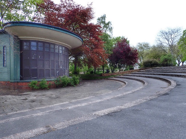 Bandstand, Victoria Embankment Playing Fields