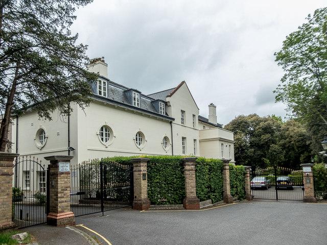 Ludgrove Hall, Hadley Wood, Cockfosters, Hertfordshire