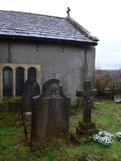 Holy Trinity, Colton: churchyard (viii)