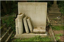 TQ2886 : View of Jeremy Beadle's grave in Highgate Cemetery by Robert Lamb