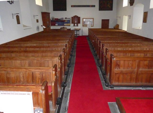 Inside Holy Trinity, Colton (VIII)