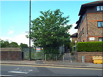 TQ5686 : Footpath at Upminster by Malc McDonald
