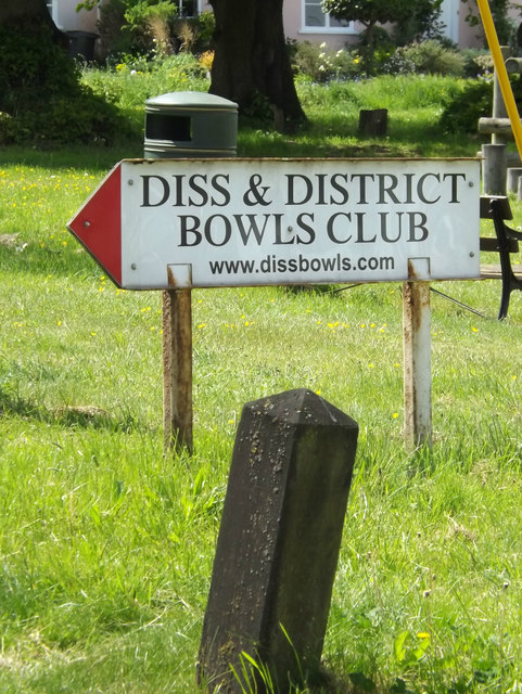 Diss & District Bowls Club sign