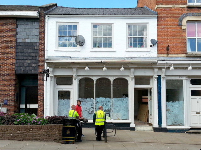 Shop fitters are in Number 3