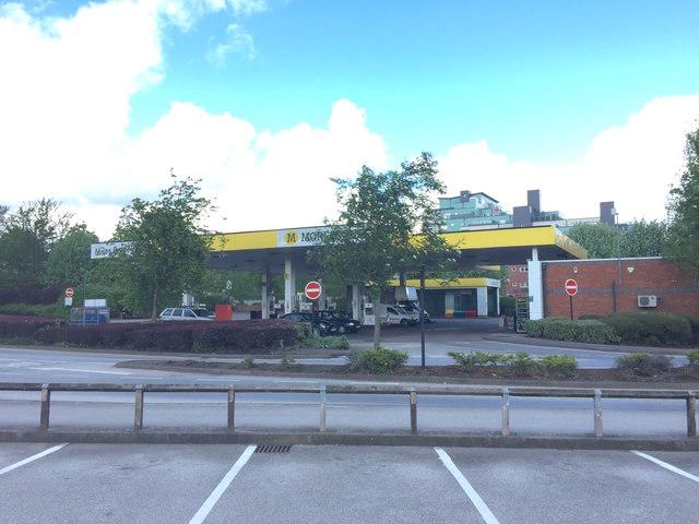 Newcastle-under-Lyme: Morrisons petrol station