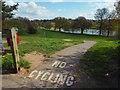 SP2872 : Castle Hill entrance to Abbey Fields, Kenilworth by Robin Stott
