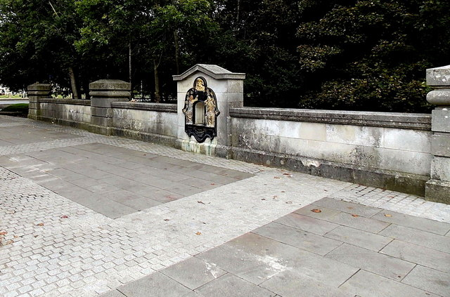 Former Victorian drinking fountain in a wall near One Kingsway, Cardiff