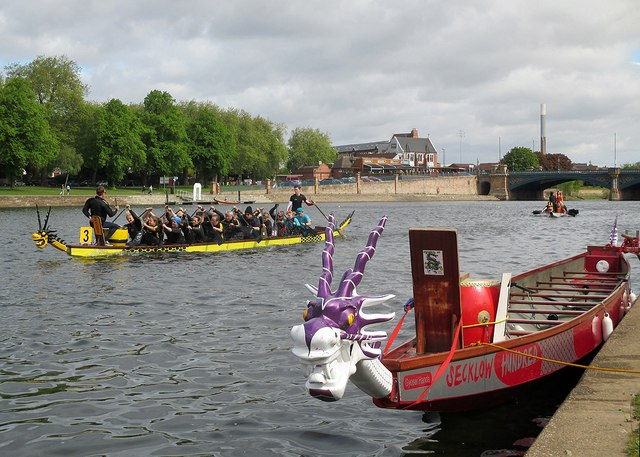 Dragon boats by the Embankment steps