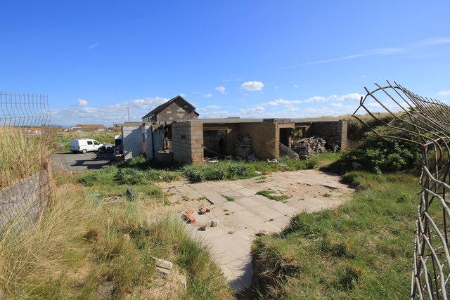 Dilapidated building at Kinmel Bay