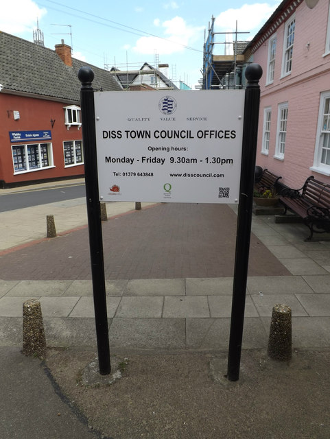 Diss Town Council Offices sign