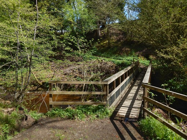 Footbridge over the Overtoun Burn