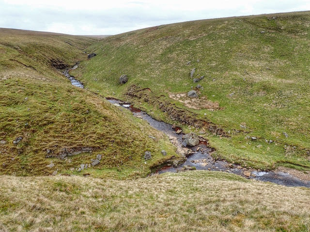 Confluence of Hunder and Crawlaw Becks