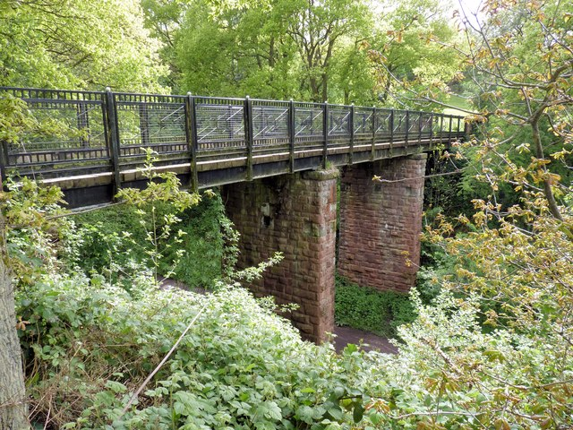 Footbridge over Merelake Way