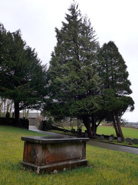 St Anne, Haverthwaite: churchyard