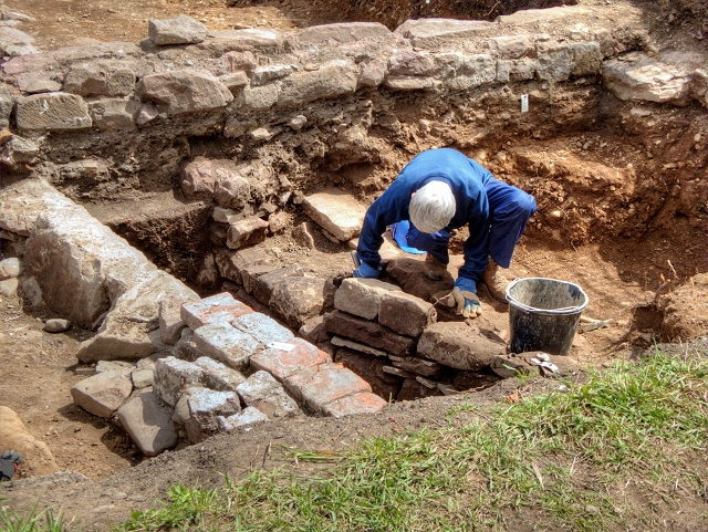 Uncovering the Manor House at Radcliffe Tower