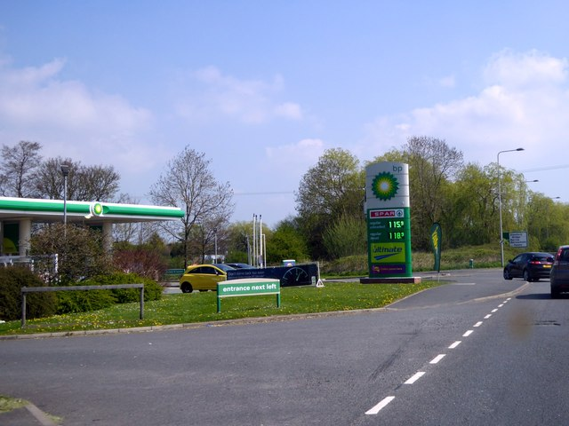 BP station and Spar shop by A51