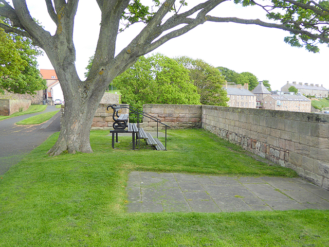 High level bench on the Ramparts
