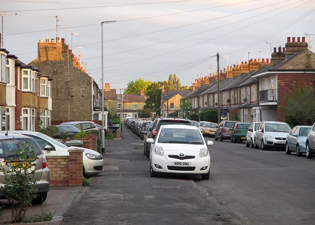 Cowper Road on a May evening