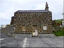 C8137 : Fisherman's Cottage, Portstewart by Kenneth  Allen