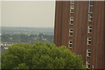 TQ3370 : View of the southeast from the Crystal Palace terrace #33 by Robert Lamb
