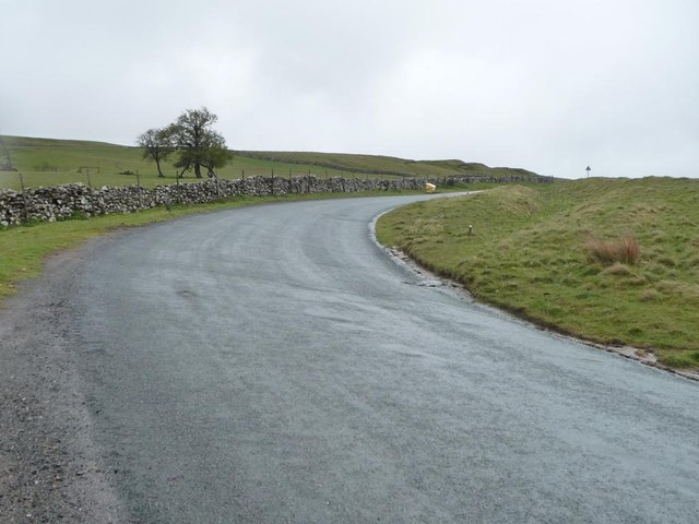 The road to Aughertree Fell, from Uldale