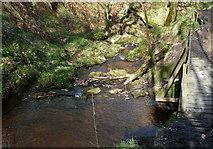 SE0722 : Dam on Maple Dean Clough next to Elland FP80, Greetland by Humphrey Bolton