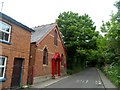 TL3925 : Methodist chapel, Braughing by Bikeboy