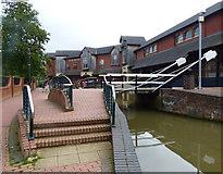 SP4540 : Lift Bridge No 164 in Banbury by Mat Fascione